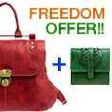 Buy any Hidesign bag (women or men) for Rs. 4000 or more and pick up any wallet (women or men) upto Rs. 1000 FREE. If wallet upto Rs.1000 is out of stock, pick a higher value wallet and pay only the difference.  Cannot be clubbed with other offers.