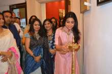 "Actress Shriya Saran inaugurates Rakhi Baid art exhibition ""Krishnansh"""