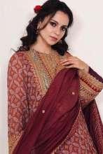 Kangana Ranaut spotted wearing Rimple & Harpreet Narula for her brother's haldi ceremony!